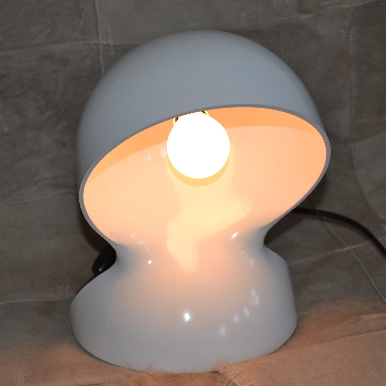 Lampada da tavolo dal artemide design magistretti bianca cheantico - Lampada da tavolo vico magistretti ...