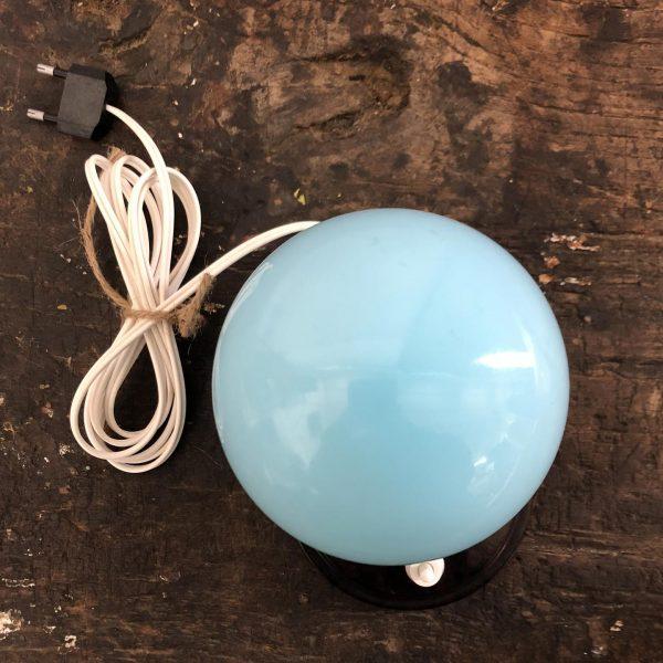 lampada-vetro-opalino-azzurro-vista-dall-alto