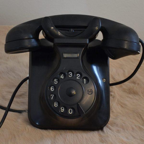 Telefono in bachelite nero anni 60