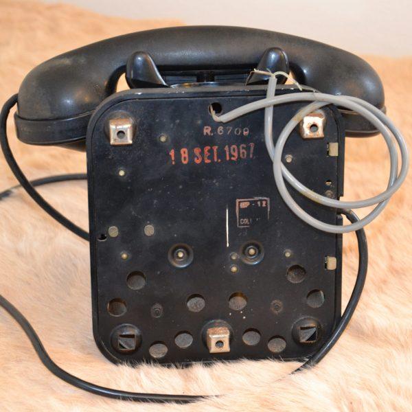 retro telefono in bachelite