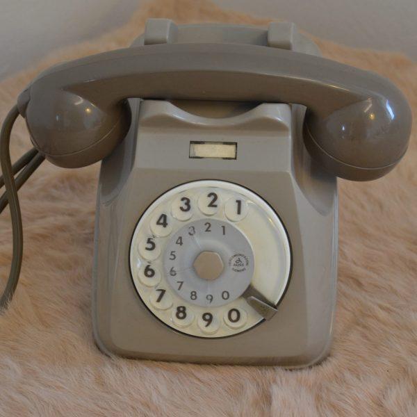 telefono vintage grigio sip