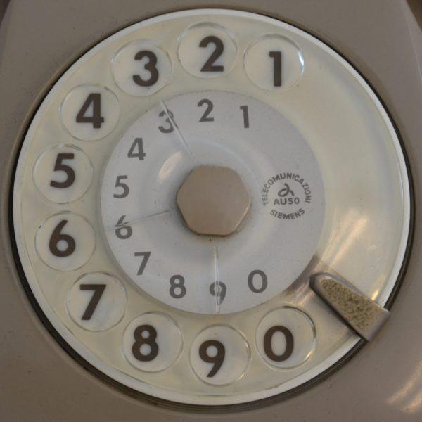 dettaglio rotella telefono s62
