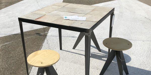 tavoli e sgabelli su misura cementine granito classiche