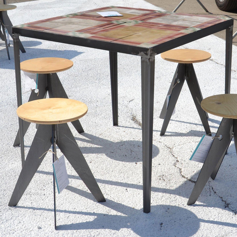 Tavoli E Sgabelli Per Bar.Sgabello Industriale Su Misura In Ferro E Legno Cheantico