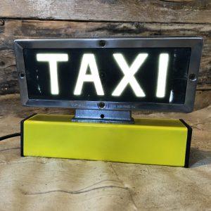 Insegna vintage Taxi illuminata Led con base ferro giallo