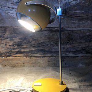 lampada da tavolo space age giallo senape