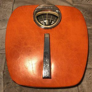 Bilancia Pesapersone vintage Arancio