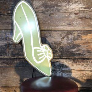 Insegna Vintage scarpa donna appesa