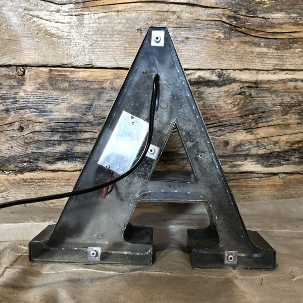 A - Lettera Vintage da Arredamento | Insegna in Ferro Retro-illuminata retro spento