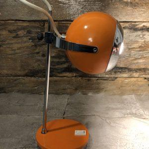 Lampada da Tavolo anni 60/70 arancio con parabola a palla e profili cromati