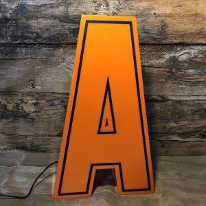 A – Lettera Vintage da Arredamento | Insegna in Plex. Arancio