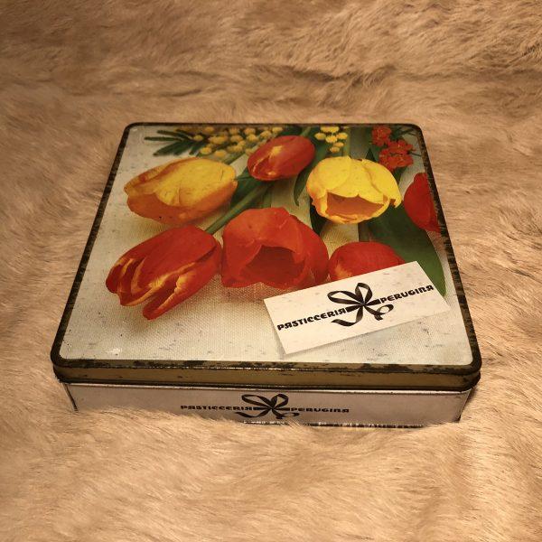 scatola latta vintage pasticceria perugina tulipani