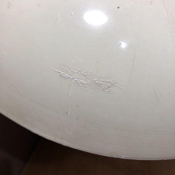 lampada da comodino mid-century vede acqua dettaglio parabola