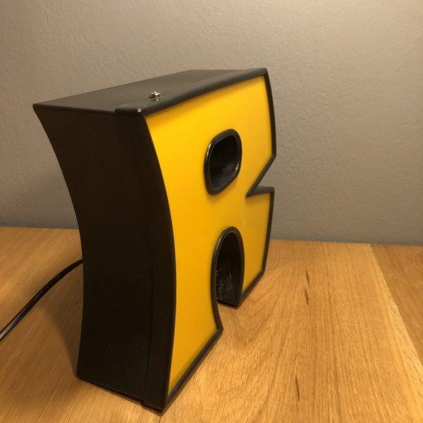 lettera-r-vintage-insegna-scatolata-in-ferro-e-plexiglas (12)