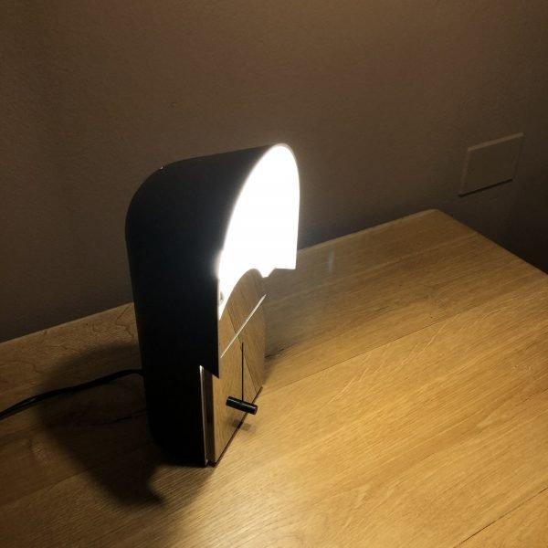 lampada pala anni 70 aperta accesa