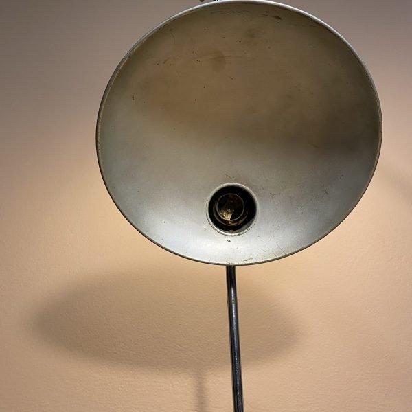 parabola interna lampada industriale da tavolo cromata