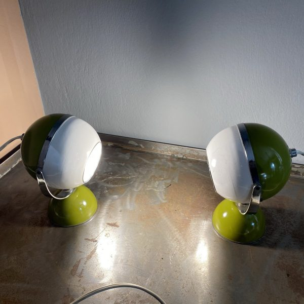 coppia-lampade-space-age-eyball-verde-bianco-06 (A scelta)