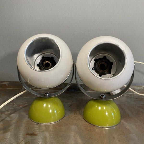 coppia-lampade-space-age-eyball-verde-bianco (2) (A scelta)