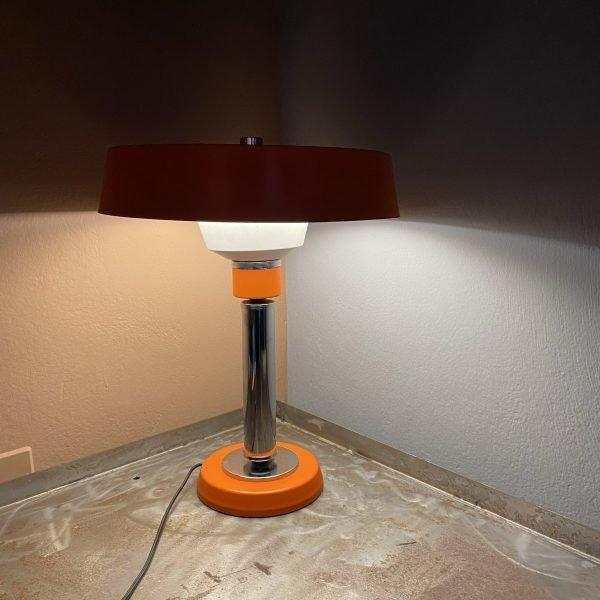 Lampada da tavolo arancio Mid Century