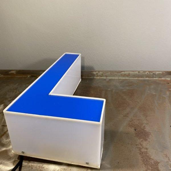 Lettera L Vintage insena scatolata